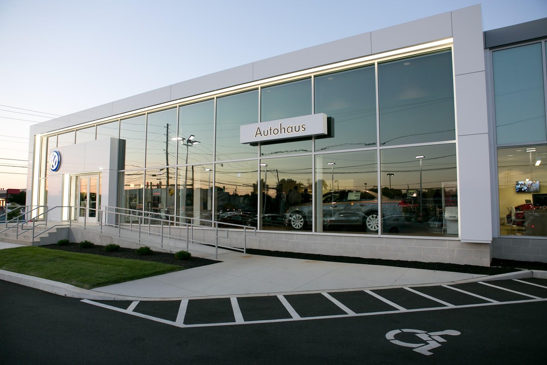 Audi Lancaster/Autohaus Lancaster VW - Exterior 2