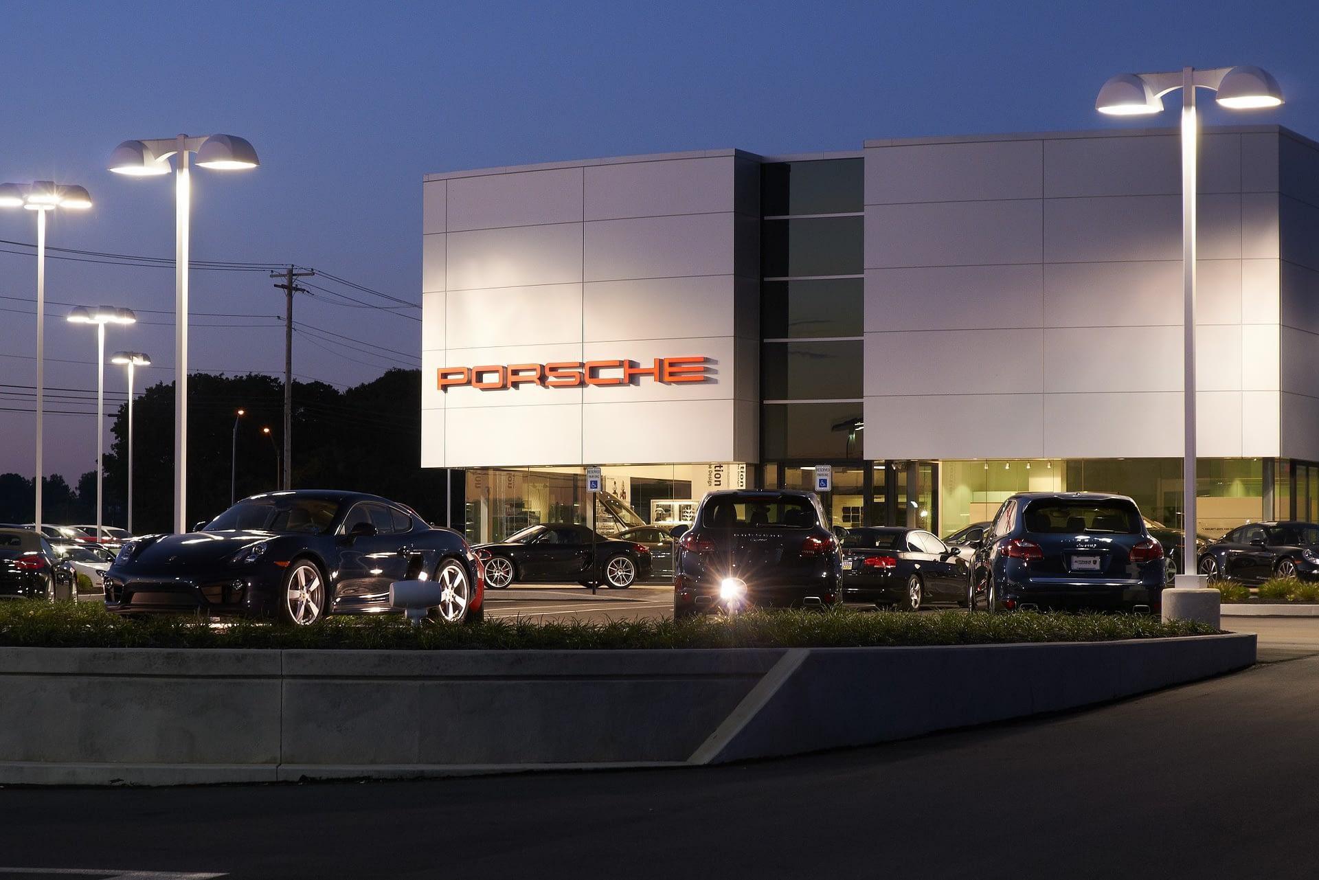 Autohaus Lancaster Porsche - Exterior 2